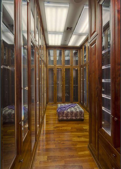 Heidi Klum's Closet in Brentwood Estates CA Home