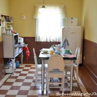 """Inside The Kitchen of """"A Christmas Story"""" Movie House"""