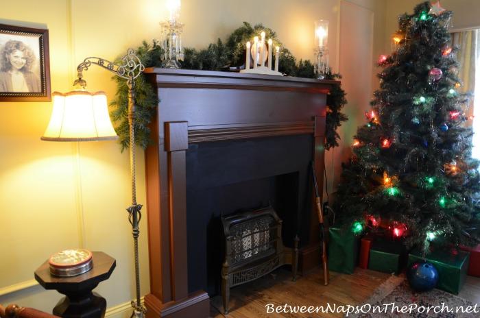 A Christmas Story Living Room Mantel and Christmas Tree