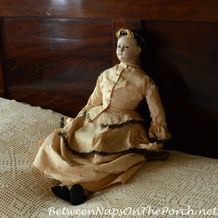 Antique Doll in Beauregard Keyes House & Garden Museum 18_wm