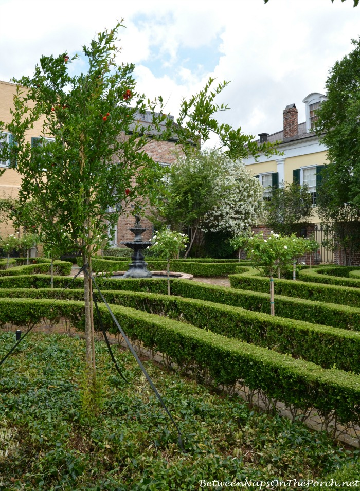 Beauregard-Keyes Formal Garden