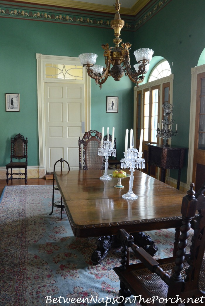 Dining Room in Beauregard Keys House