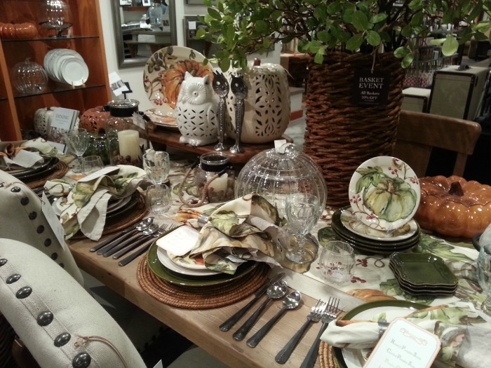 Fall Autumn Tablescape