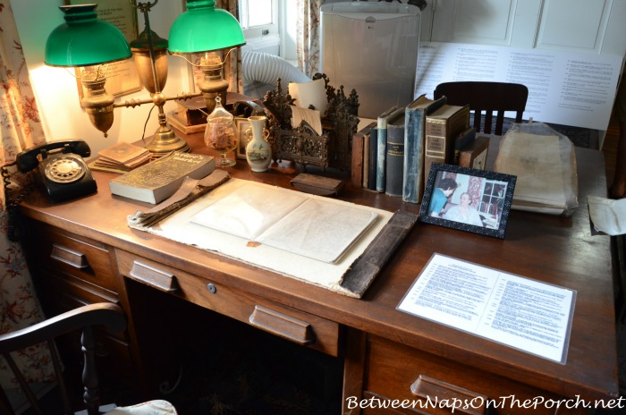 Frances Parkinson Keyes Desk In Her Studio