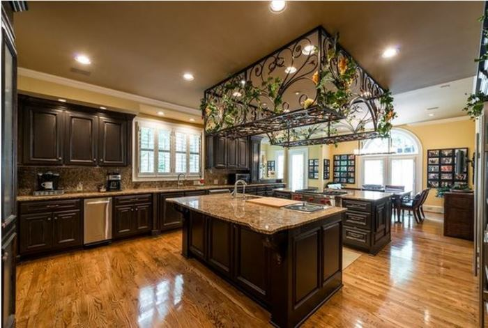 Kenny Roger's Home For Sale in Atlanta 05