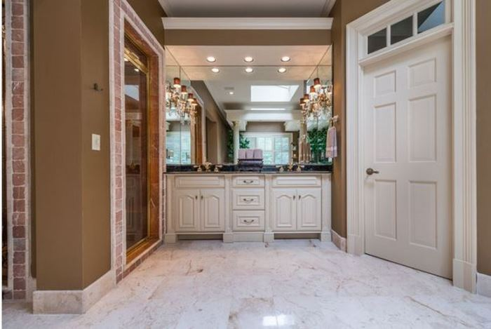 Kenny Roger's Home For Sale in Atlanta 11