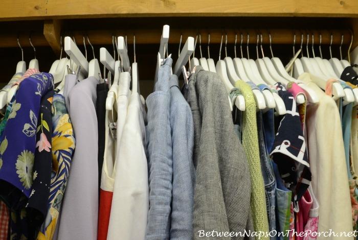 Organizing A Closet_wm