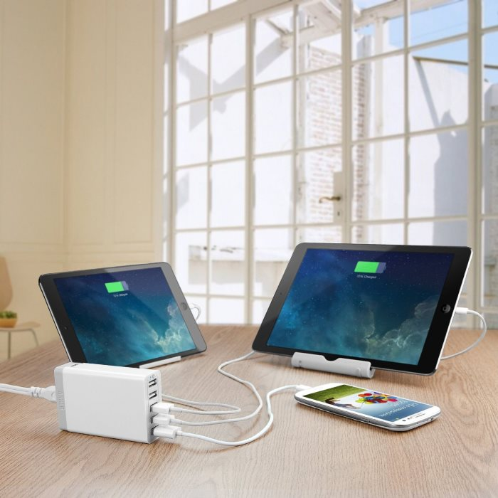 Anker 4-Port USB Charger With Power IQ (2)