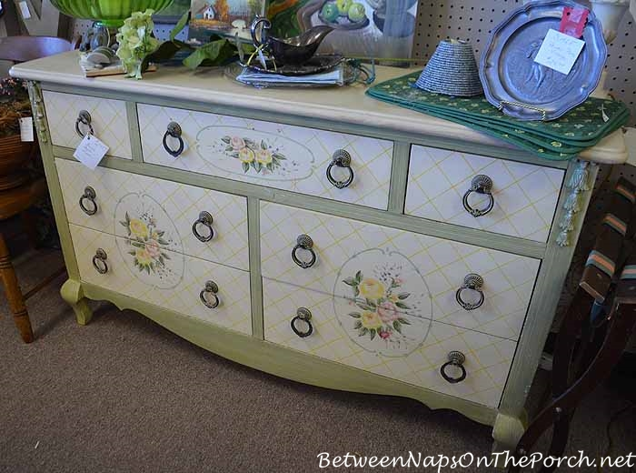 Antiquing & Thrifting For Great Finds 23