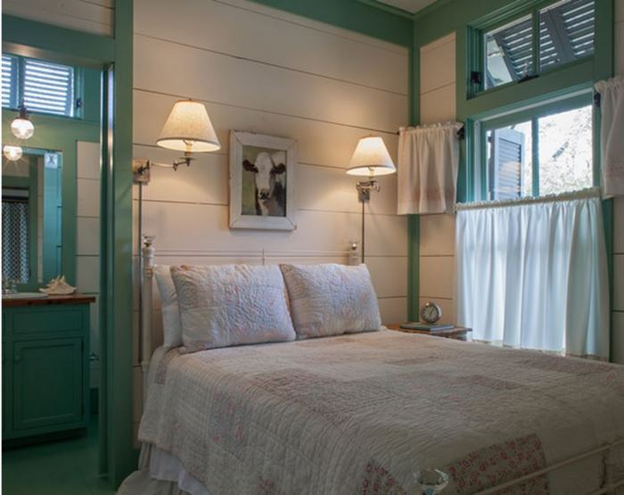 Beach Cottage Bedroom With Green Trim