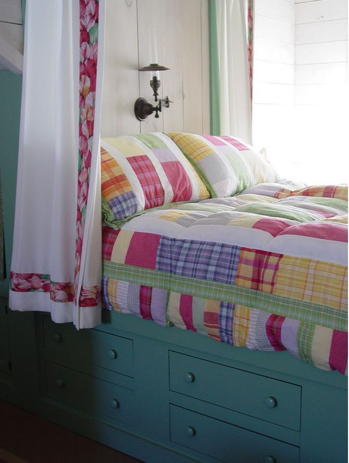 Cottage Bed with Colorful Bedding