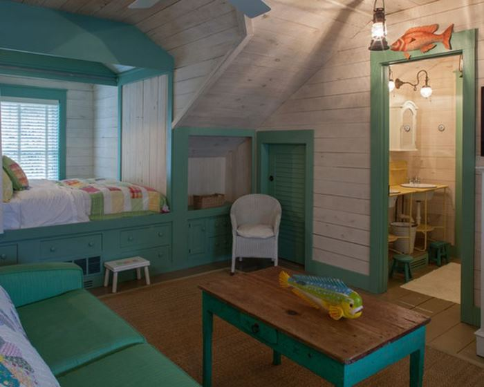 Cottage Bedroom Beach, Turquoise Green Trim