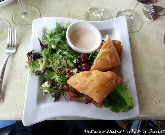 Lunch at Wolf Mountain Vineyards