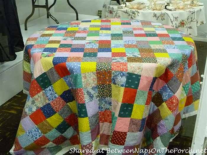 Quilt Tablecloth for a Casual Table Setting