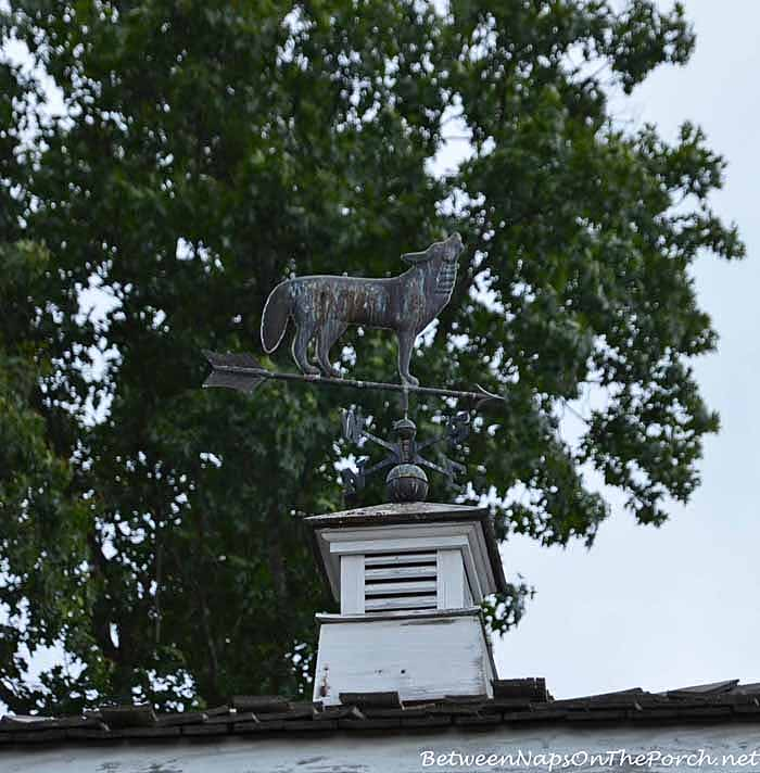 Wolf Weather Vane at Wolf Mountain Vineyards Dahlonega Georgia