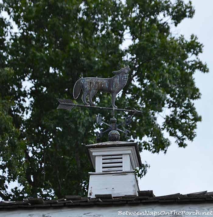 Wolf Weather Vane at Wolf Mountain Vineyards Dahlonega Georgia