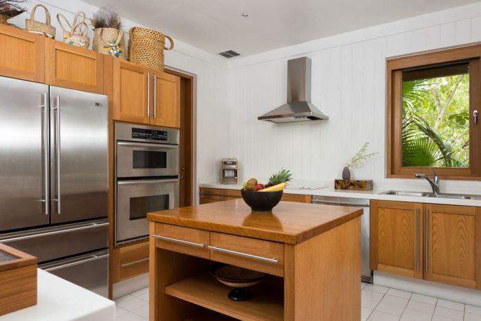 Christie Brinkley's Beach House Kitchen