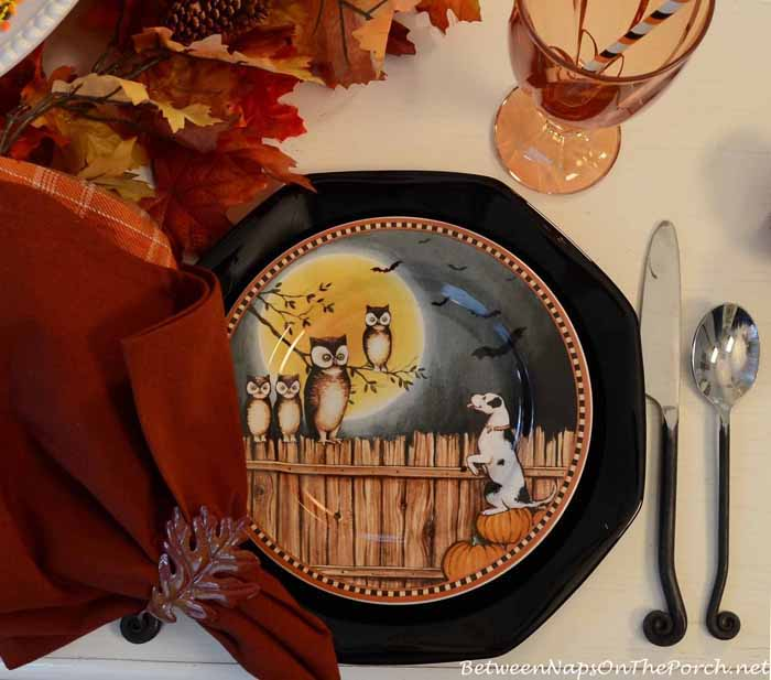 David Carter Brown Pumpkin Hollow Halloween Plates 2