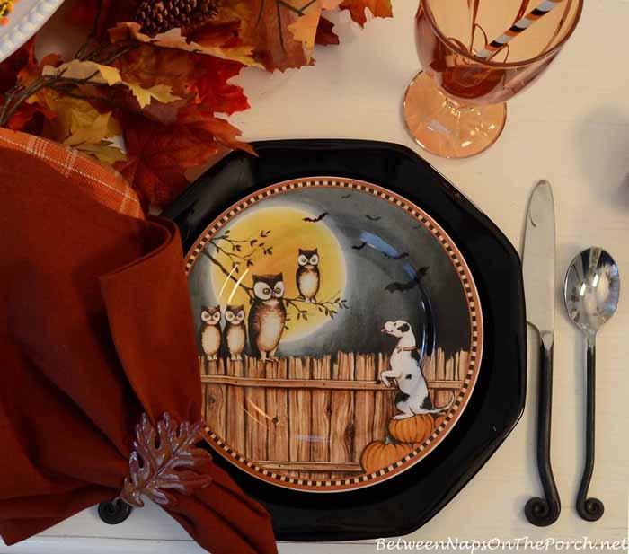 David Carter Brown Pumpkin Hollow Halloween Plates