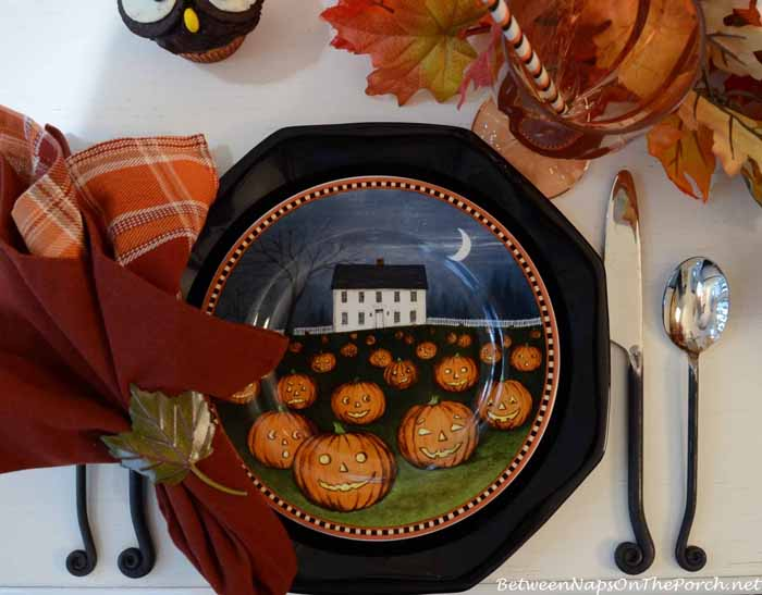David Carter Brown Pumpkin Hollow Halloween Plates 3
