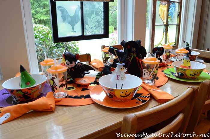 Halloween Table Setting for Children 3