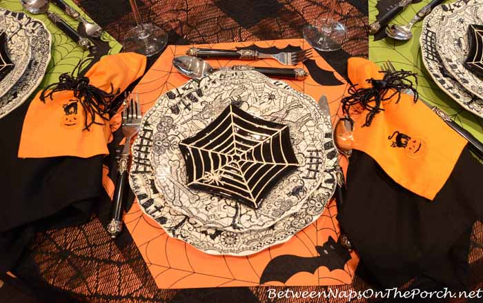 Halloween Table Setting with Spider Plates