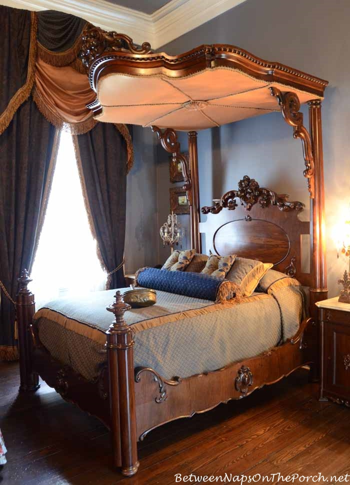 Nottoway Plantation Master Bedroom with Tester Bed