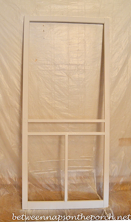 Painting a Screened Door with a Sprayer_wma