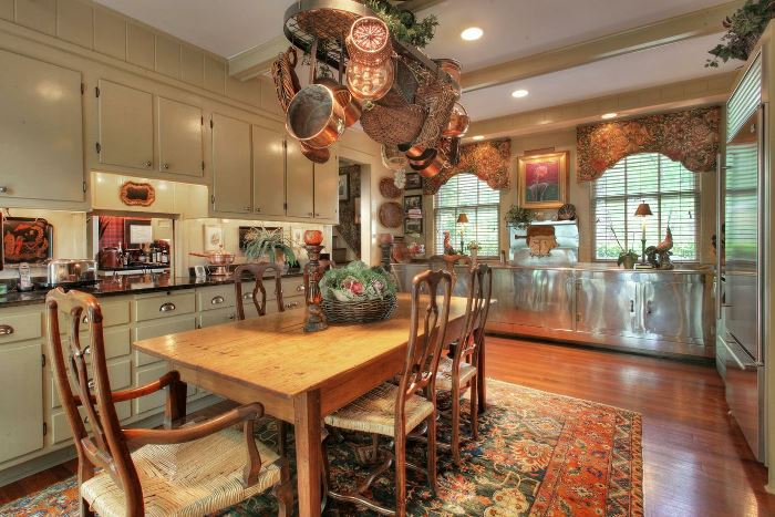 Tommy Dosey Tall Oaks Home Kitchen
