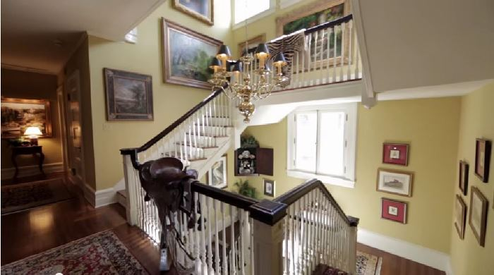 Tommy Dosey Tall Oaks Home Staircase