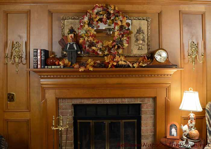 Autumn Thanksgiving Mantel