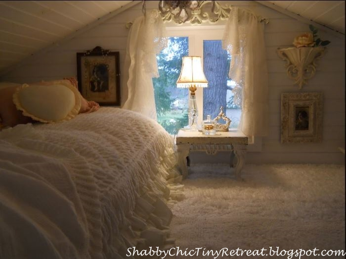 Dreamy Guest Room in a Tiny Cottage