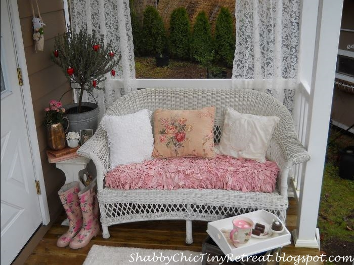 Porch Decorating Idea For Small Porches