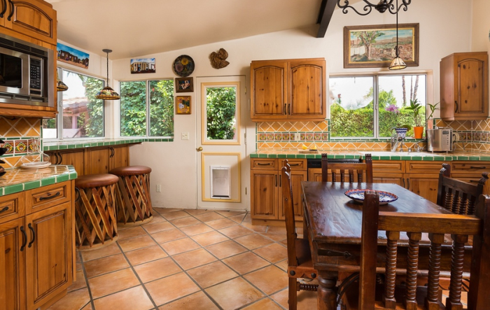 Cute Kitchen Clark Gable and Carole Lombard's Spanish Colonial Home in Palm Spring, CA