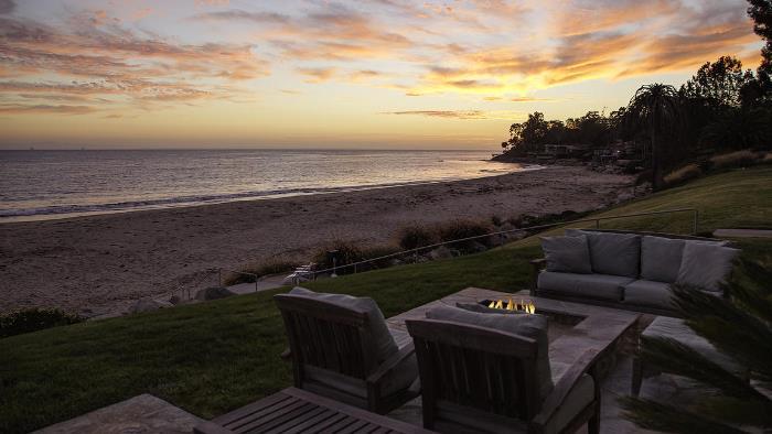 Dennis Miller's Carpinteria, CA Beach House 01