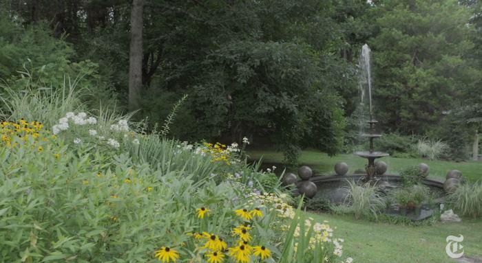 John Richardson's Garden English Country House