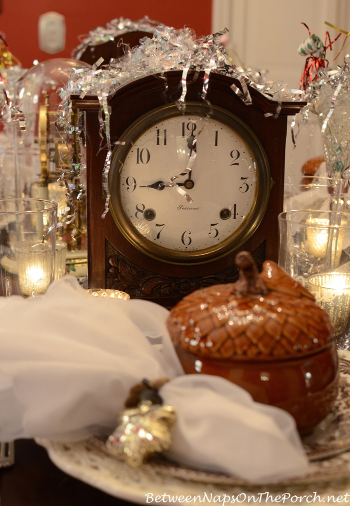 New Year's Day Party Decorating and Table Setting Ideas