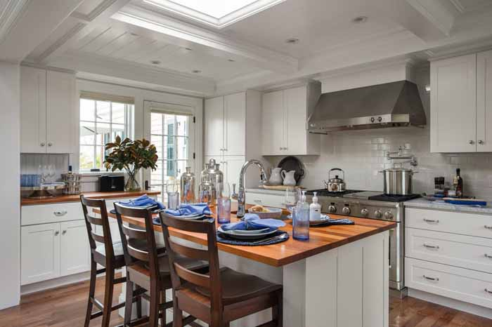 tour the martha s vineyard hgtv dream home 2015 between naps on