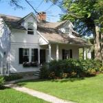 Tour A Charming Connecticut Dream Cottage