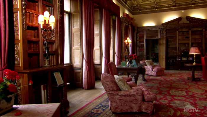 Downton Abbey Library in Highclere Castle