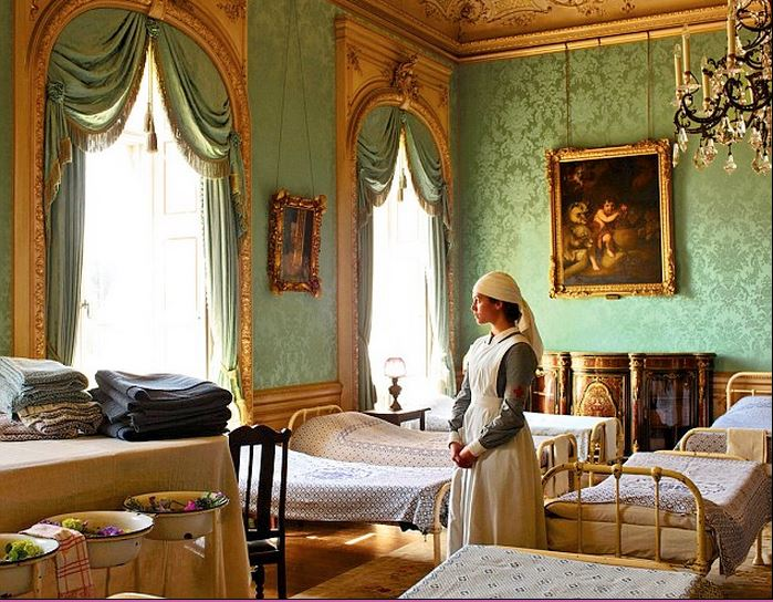 Drawing Room in Highclere Castle Downton Abbey