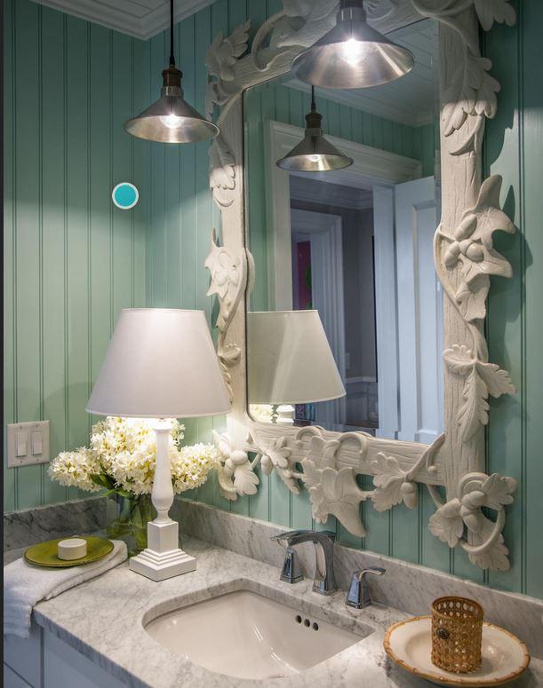 HGTV Martha's Vineyard Dream Home Kid's Bath