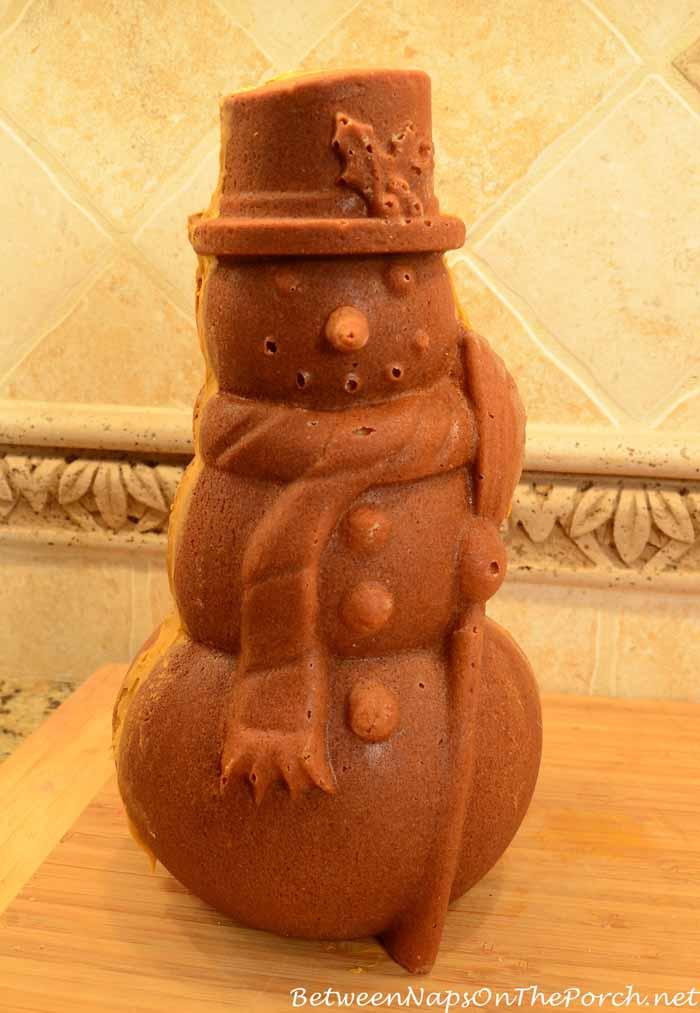 Make a Snowman Spice Cake 20