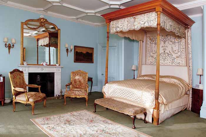 Mercia Bedroom in Highclere Castle Downton Abbey