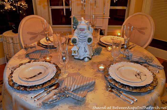 New Year's Table Setting Tablescape with Champagne Plates 06