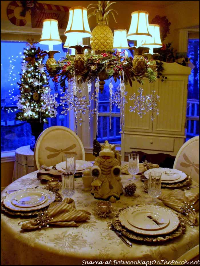 New Year's Table Setting Tablescape with Champagne Plates 09