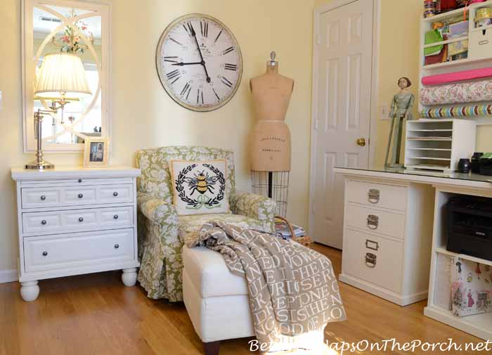 Quotes Throw for Reading Nook_wm