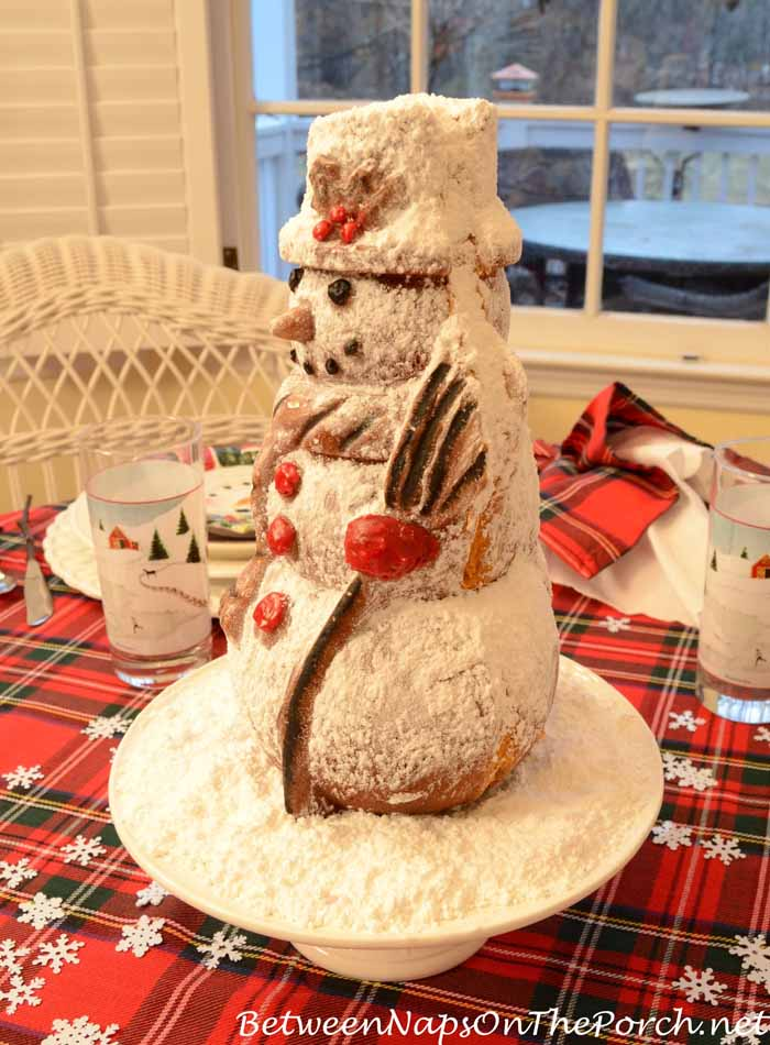 Snowman Spice Cake Made With Nordic Ware Snowman Cake