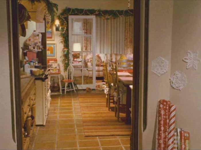 The Holiday Movie Graham's Kitchen