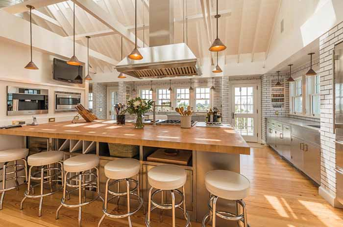 Billy Joel S Beach House With Amazing Chef S Kitchen